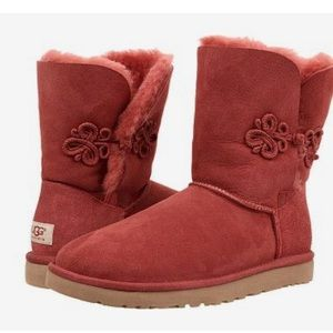 NIB UGG Women's Bailey Marino Twinface boot